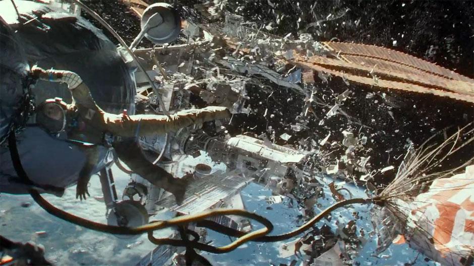 La destrucción silenciosa de la EEI. Fotograma promocional, © Warner Bros., 2013.