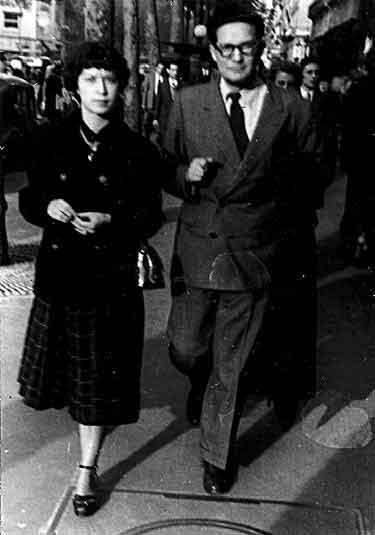 Octavio Paz y Monique Fong.