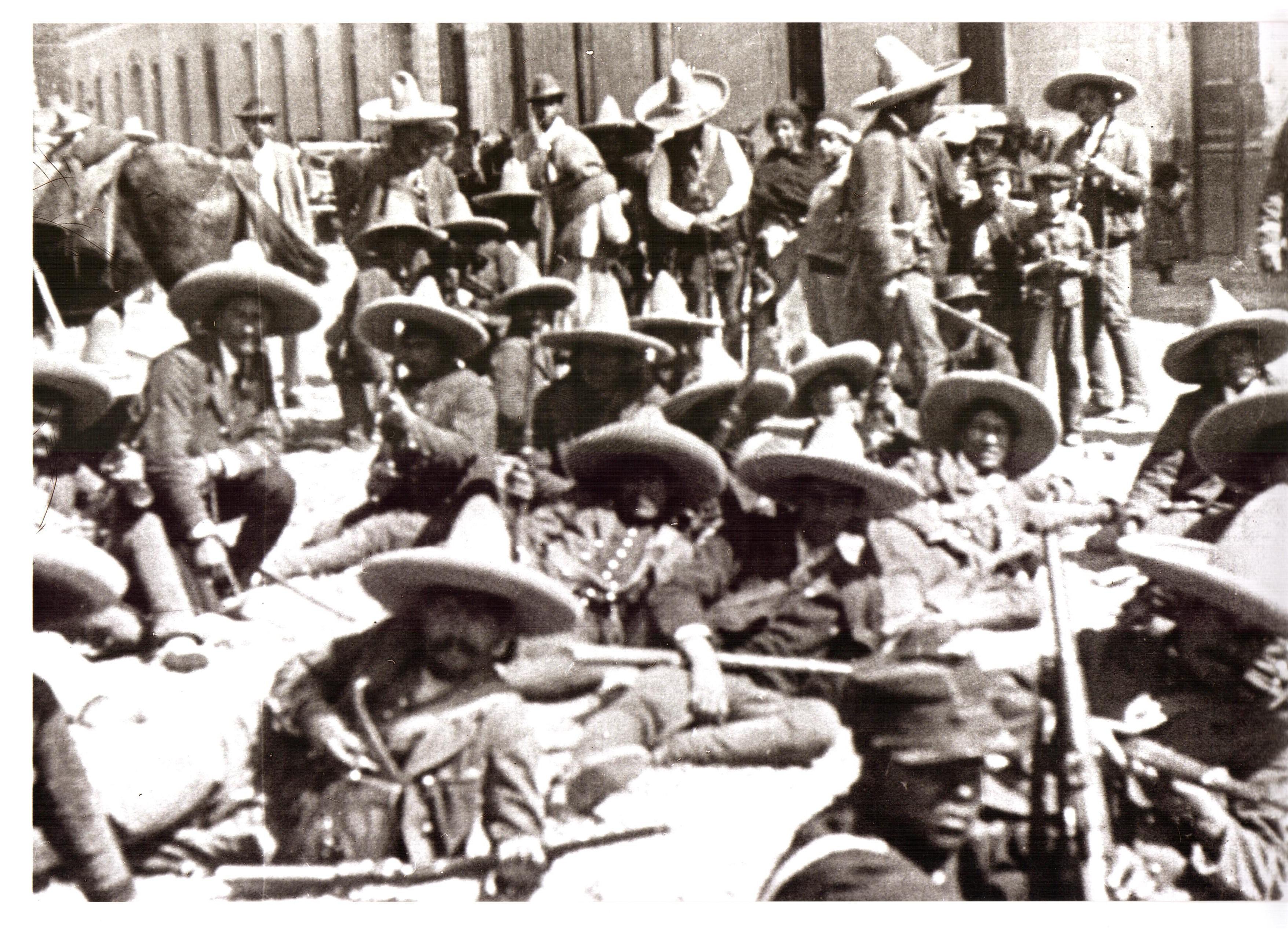 Still de Memorias de un mexicano, dir. Salvador Toscano, ©Fundación Carmen Toscano, México, 1950.