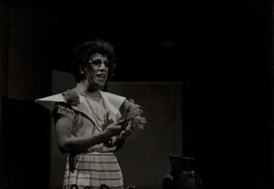 Foto: Agustín Martínez Castro.                                  Dra. Tatiana Huicamina. De la puesta en escena Mariposas/Maricosas, abril de 1985