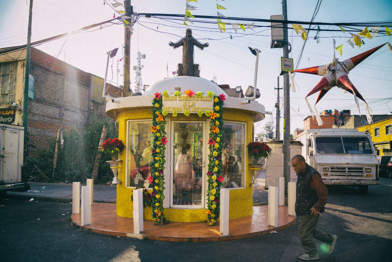 Altar de la esquina del movimiento. Irving Cabello.