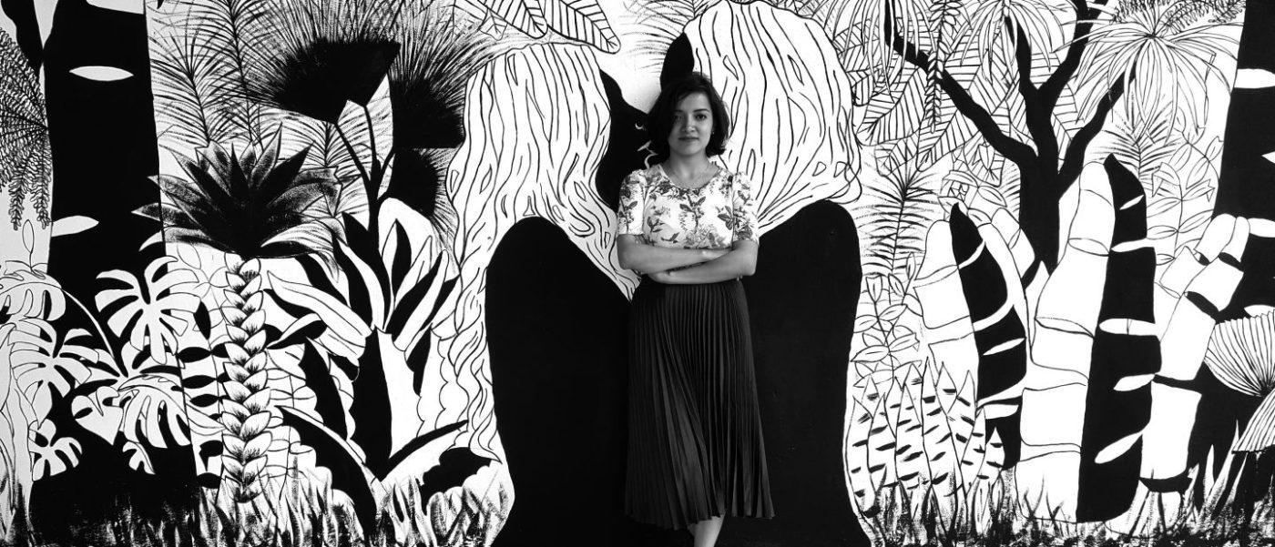Irasema Fernández en su mural de 2018.
