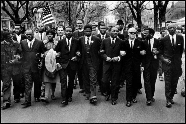 Martin Luther King Jr. en la marcha de Selma a Montgomery, Wikimedia Commons